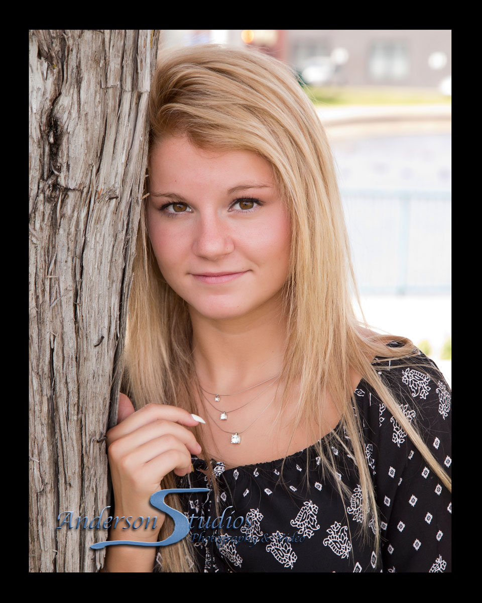 High School Senior Portrait Special! – Anderson Studios